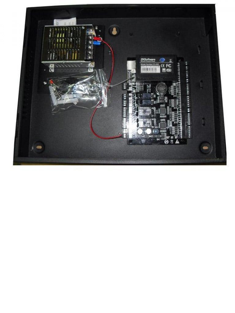 ZK C3200B - Control de acceso profesional / 2 Puertas / 4 Lectoras / PULL / Gabinete y fuente / Sin biometria